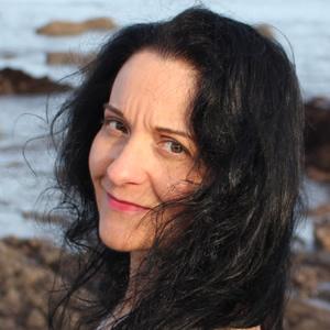 MARIA FERNANDEZ – SPANISH TEACHER & COURSE AUTHOR
